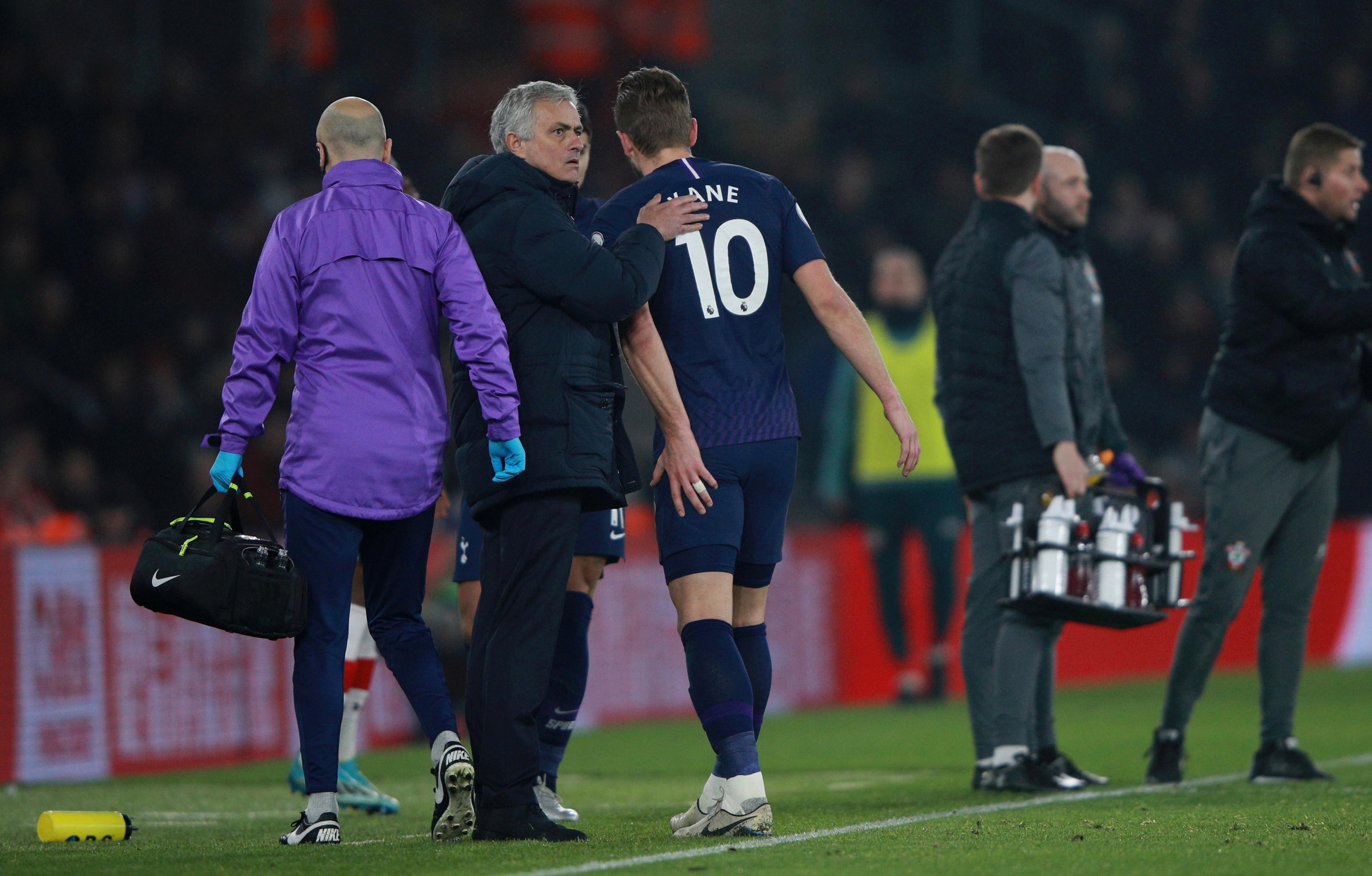 Mourinho's direct style means Tottenham miss injured Harry Kane even more than under Pochettino穆里尼奥快速直接的打法意味着穆式热刺比波切蒂诺治下更需要目前仍然伤缺的凯恩