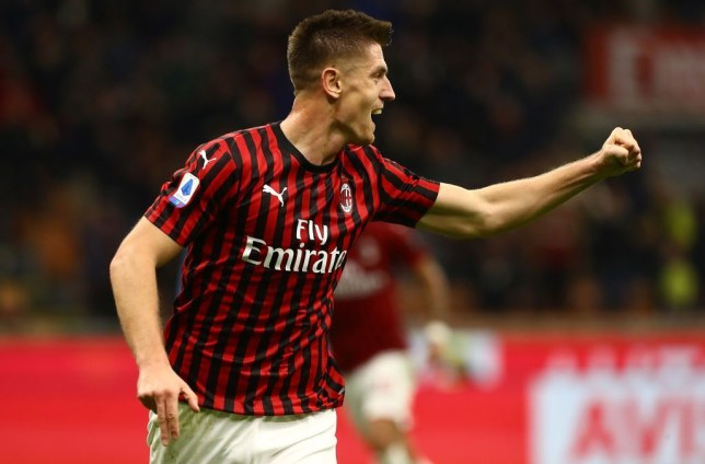 Tottenham reach £28m agreement with AC Milan for Krzysztof Piatek to cover for injured Harry Kane托特纳姆与AC米兰达成2800万英镑的协议,皮亚特克将代替受伤的哈里·凯恩