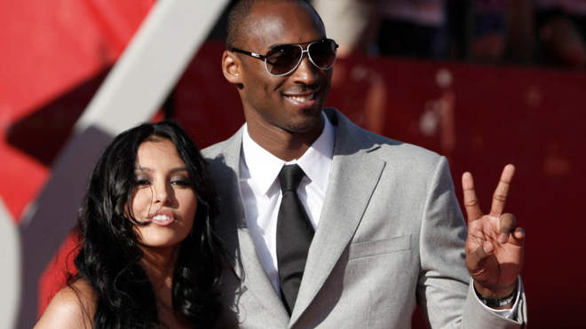 Kobe Bryant's deal with his wife that they'd never fly on a helicopter together催泪!科比与妻子约定,两人永不一同乘坐直升机