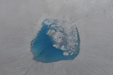 Seeing the Greenland Ice Sheet Through Students' Eyes通过学生的眼睛看格陵兰冰原