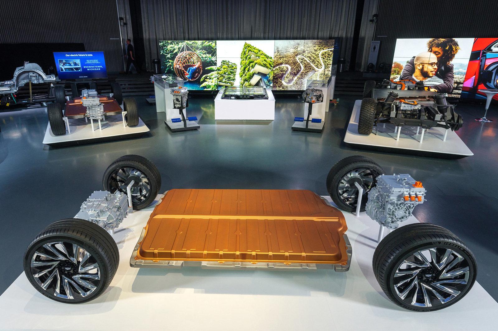 GM's cheaper, adaptable Ultium batteries are key to its EV future通用汽车的廉价、适应性强的Ultium电池是其电动汽车未来的关键