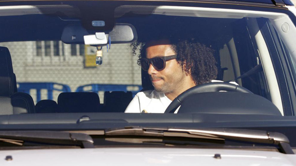 Marcelo handed fine of 105,000 euros for driving without a valid license皇马队副超速无证驾驶遭巨罚,被罚款10.5万欧元
