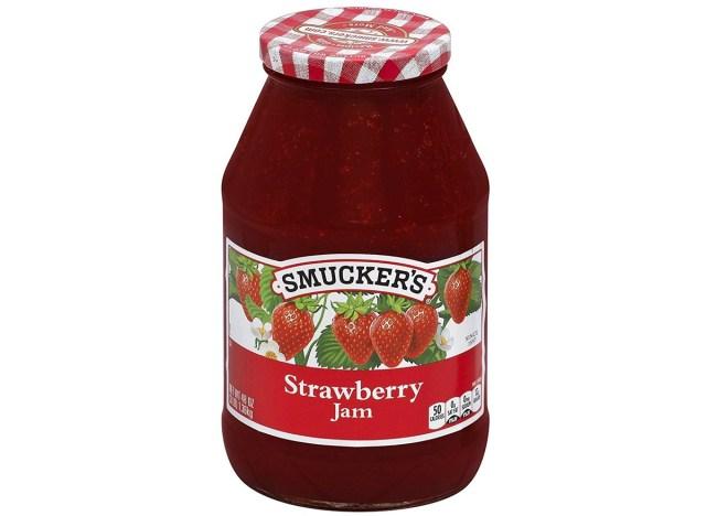 8 Best Strawberry Jam Brands, Ranked by Sugar Content8种最好的草莓酱品牌,按含糖量排名