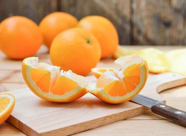 7 Foods That Help Your Body Fight Off Viruses多吃这7种食物,助你提高免疫力、抵抗病毒!
